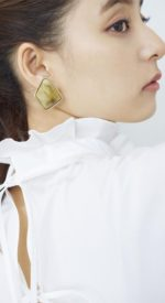 arakiyuko10 150x275 - 新木優子のかわいい💓高画質スマホ壁紙29枚 [iPhone&Androidに対応]