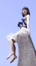 yoshiokariho23 150x275 - 吉岡里帆のかわいい💓高画質スマホ壁紙28枚 [iPhone&Androidに対応]
